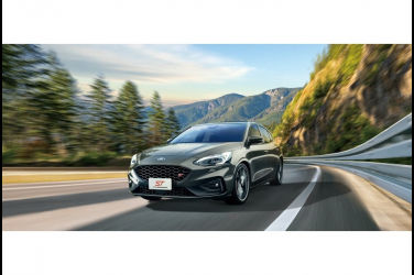 正德製手排性能鋼砲New Ford Focus ST 6MT全新登台