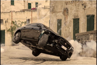 一探Jaguar XF在《007生死交戰No Time to Die》裡的英姿!