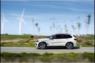 電動浪潮席捲慕尼黑 2021年IAA車展預示未來 - BMW(下)