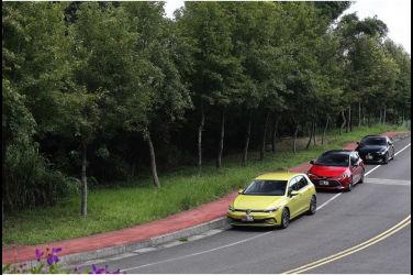 [集體評比] 務實先決!(中) 進口掀背車的抉擇 Volkswagen Golf vs Toyota Corolla Sport vs Mazda 3