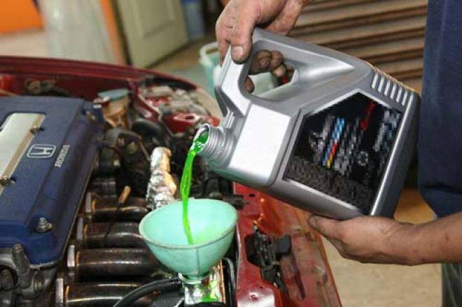 愛車修養系列報導 強化版電瓶補充液非保養用
