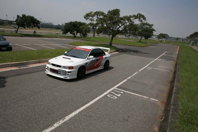 20萬元代步車-渦輪神獸Subaru Impreza GT