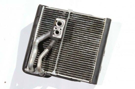 冷氣常見通病療法 冷媒外洩車內影響人體健康