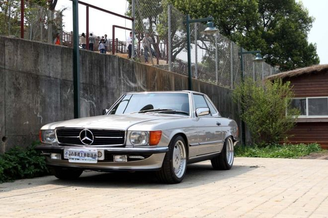 修復老車好享受 1985 Mercedes-Benz 500SL