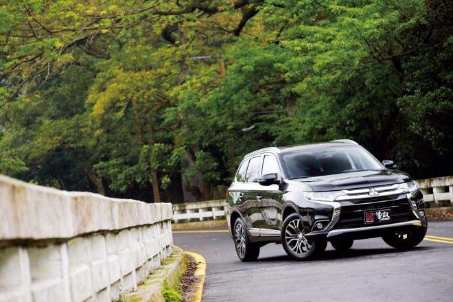 5+2大於7,汽車七人座推薦:享七人之樂Mitsubishi Outlander(18-6)