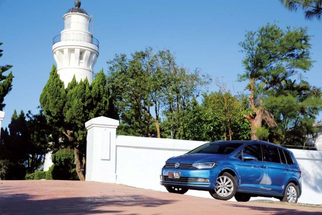 5+2大於7,汽車七人座推薦:好媽媽首選VW Touran 280 TDI (18-8)